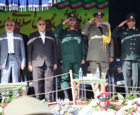 رژه نیروهای مسلح به مناسبت روز ارتش