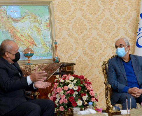 دیدار سفیر مالزی با نماینده کرمان و راور+گزارش تصویری